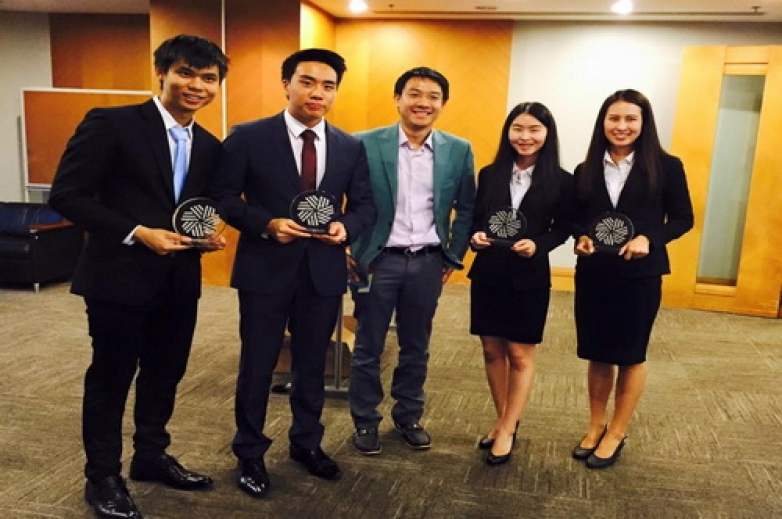 Chula team won first place in CFA Research Challenge 2015-16 (Thailand)