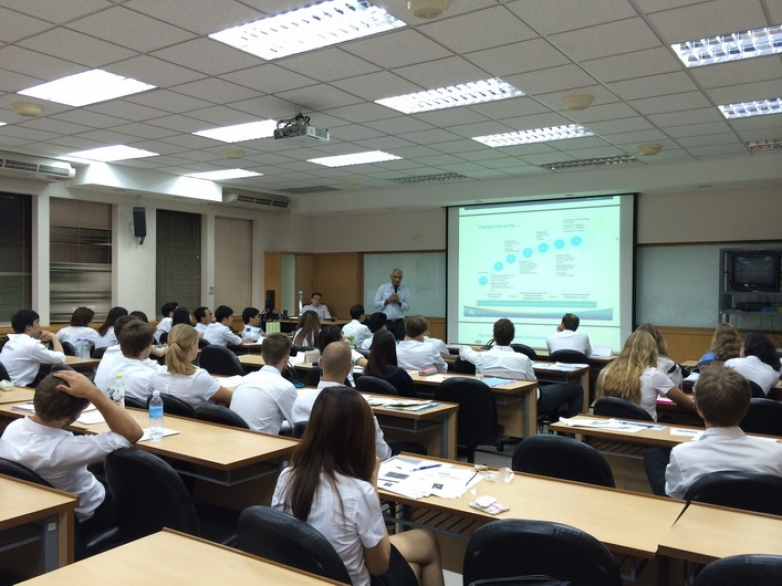 "Mr. Vivek Dhawan was a guest lecturer in ""Current Issue In Finance"" Class"