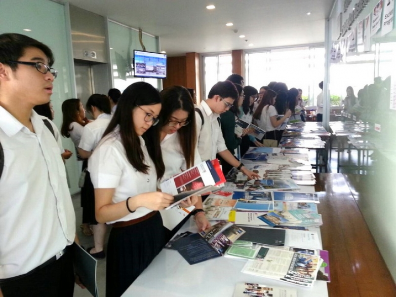 The Exchange and Study Abroad Fair 2015