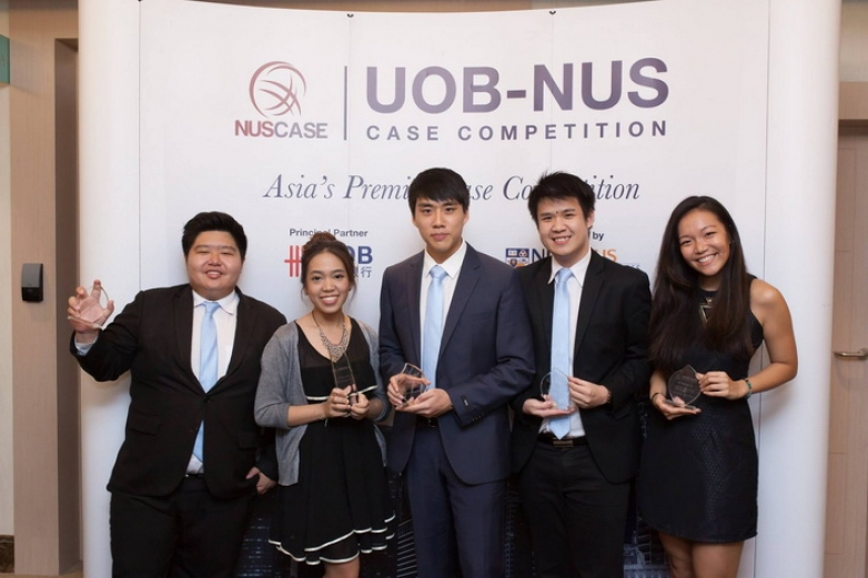 Chula team (CST consulting) won the 2nd runner up at UOB-NUS case Competition in Singapore